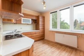 Prodej, byt 2+1, 60 m2, OV, Opava, ul. Hobzíkova