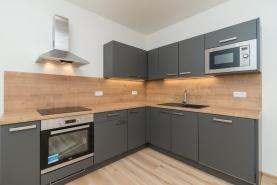 (Prodej, byt 2+kk, 48 m2, Praha, ul. Koulova), foto 2/13