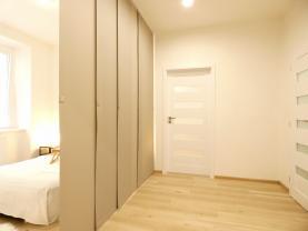 (Prodej, byt 2+kk, 48 m2, Praha, ul. Koulova), foto 4/13