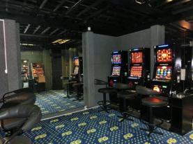pohled na zadní místnost - herna (Prodej, obchodní prostor, 120 m2, Ústí n. L. ul. Spojovací), foto 4/8