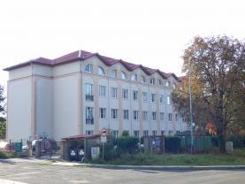 Prodej, byt 2+kk, OV, 65 m2, Milovice, ul. Topolová