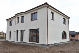 Prodej, rodinný dům 6+kk, 346 m2, Úvaly