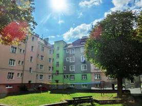 Prodej, byt 2+kk, 40 m2, Karlovy Vary, ul. Rohová