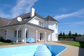Prodej, rodinný dům 7+1, 350 m2, Horní Jirčany