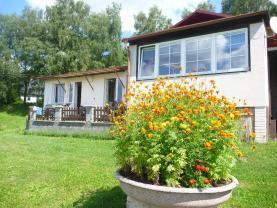 Prodej, chata, 9924 m2, Pastviny