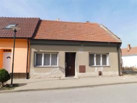 Prodej, rodinný dům, 2975 m2, Popovice