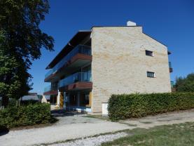 Prodej, byt 1+kk, 48 m2, Na Golfu, Beroun - Závodí
