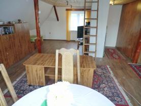Podkroví (Prodej, rodinný dům, 286 m2, Perštejn - Lužný, okr. Chomutov), foto 3/22