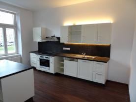 Pronájem, byt 3+kk, 95 m2, České Budějovice, ul. Pražská tř.