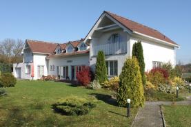 Prodej, rodinný dům 7+2, 252 m2, Nová Víska