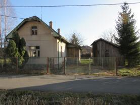 Prodej, rodinný dům 2+1, 911 m2, Strašice