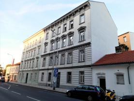 Pronájem, byt 1 + kk, 32 m2, Praha - Holešovice