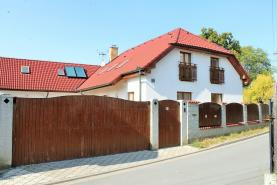 Prodej, rodinný dům, 6+1, 888 m2, Mikulovice - Blato