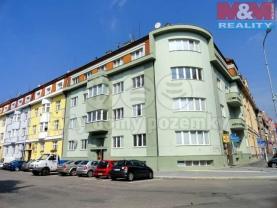 Pronájem, byt 2+kk, 42 m2, Hradec Králové, ul. Nerudova