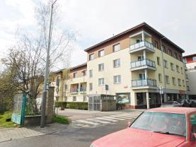 Pronájem, byt 1+kk, 38 m2, Praha 5 - Radotín.