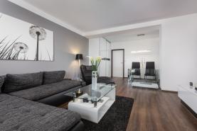 Prodej, byt 2+kk, 67 m2, Ostrava - Poruba, ul. Oty Synka