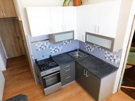 (Prodej, byt 2+1, 56 m2, OV, Cheb, ul. 26. dubna), foto 2/27