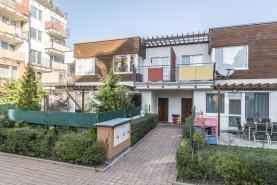 Prodej, řadový rodinný dům, 130 m2, Praha