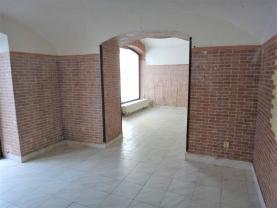 Pronájem, obchodní prostory, 25 m2, Kladno, ul. T.G.Masaryka
