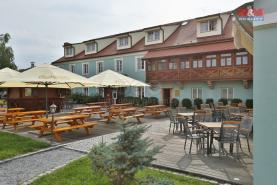 Pronájem zavedené restaurace v centru Plzně, 300m2
