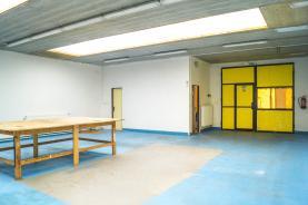 Pronájem, Komerční prostor, 185 m², Kounice