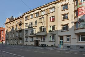 Půdní vestavba, 224 m2, OV, Plzeň, ul. Dobrovského