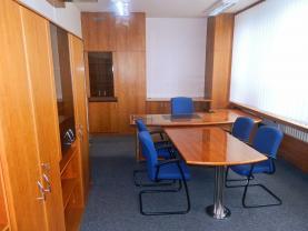 Pronájem, kancelářské prostory, 72 m2, Znojmo