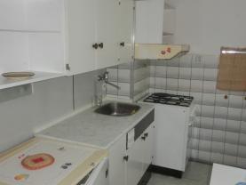 Prodej, byt 2+1, 57 m2, Pardubice - Polabiny