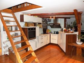 Prodej, mezonetový byt 2+kk + 1, OV, 75 m2, Praha 4 - Nusle