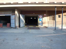 Prodej, garážové stání, 12 m2, ul. Tomanova