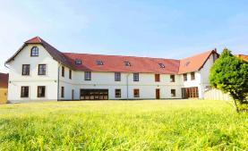Prodej, rodinný dům 7+kk, 1498 m2, Kokořín