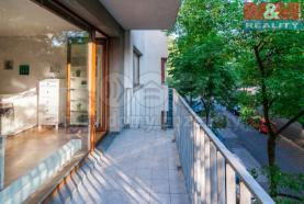 Terasa (Prodej, byt 1+kk, 44 m2, OV, Praha 3 - Rezidence Vítkov), foto 4/16