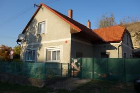 Prodej, rodinný dům, 842 m2, Vraclav