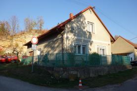 (Prodej, rodinný dům, 842 m2, Vraclav)