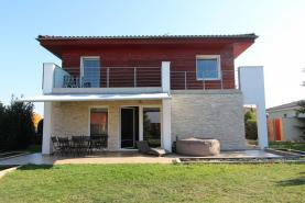 Prodej, rodinný dům 9+kk, 317 m², zahrada, 1967 m², Radonice