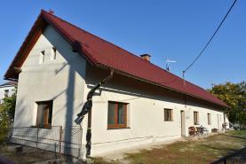 Prodej, rodinný dům 3+1, 907 m2, Přelovice