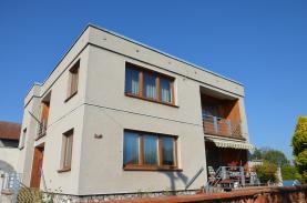 Prodej, rodinný dům 6+1, 425 m2, Loučeň