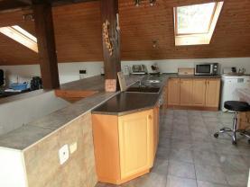 Prodej, rodinný dům 5+1, 200 m2, Slatina