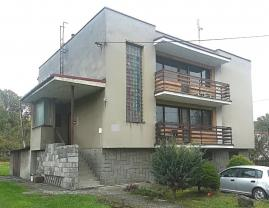 Prodej, rodinný dům 8+2, 153 m2, Bravantice