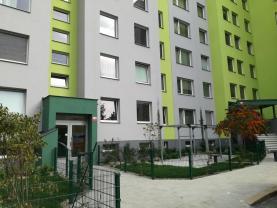 Pronájem, byt 2+kk 41m2, Praha 5-Hlubočepy, Voskovcova