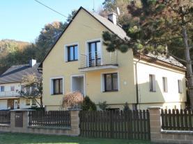 Prodej, rodinný dům 6+1, Oskava