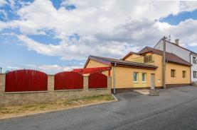 Prodej, rodinný dům 4+2, 161 m2, Dobrovíz, ul. Brigádnická