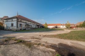 Pozemek (Prodej, zemědělská usedlost, 10597 m2, Straškov - Vodochody), foto 3/22