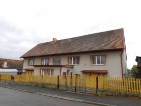 Prodej, rodinný dům, 5+2, 500m2, Tchořovice
