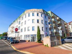 Prodej, atypický byt, 110 m2, Praha, ul. Za černým mostem