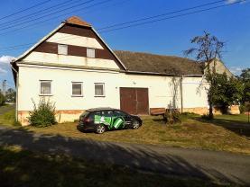 Prodej, rodinný dům, 3334 m2, Komárovice