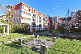 Pronájem, byt 1+kk, 53m2+ balkon, Plzeň, ul. Slupská