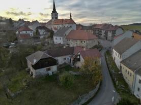Prodej, rodinný dům 4+2, 1187 m2, Hořice na Šumavě