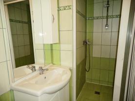 (Pronájem, byt 2+1, 70 m2, Chomutov, ul. 28. října)