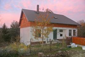 Prodej, rodinný dům, 664 m2, Kacíň - Dolní Hbity